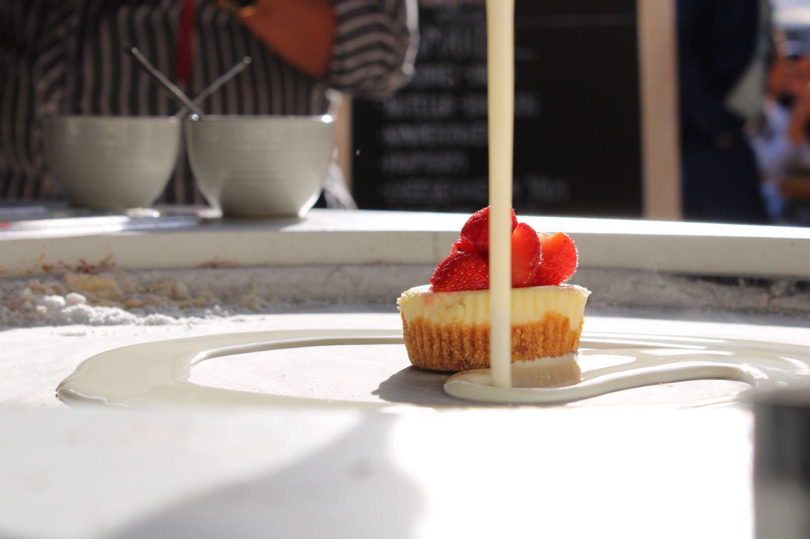 loopersice cheesecakestrawberry